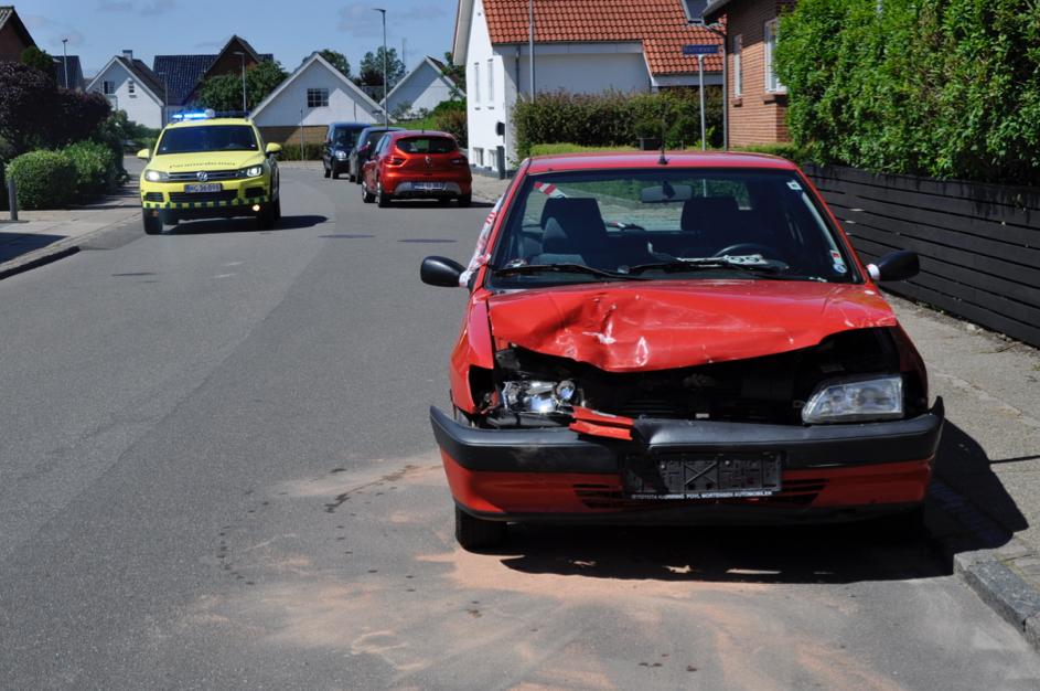 skade på parkeret bil