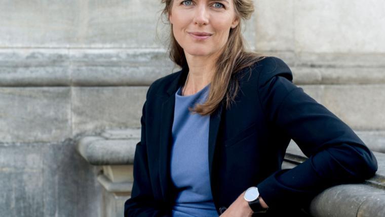 Sundhedsministeren besøger Lyngsøe Systems i Aars