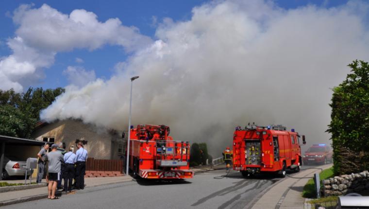 Kraftig brand i Aars