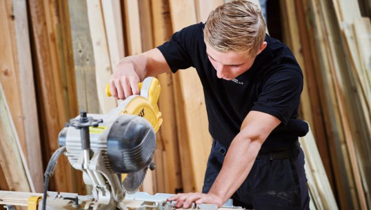 Hele tømreruddannelsen kommer til Aars
