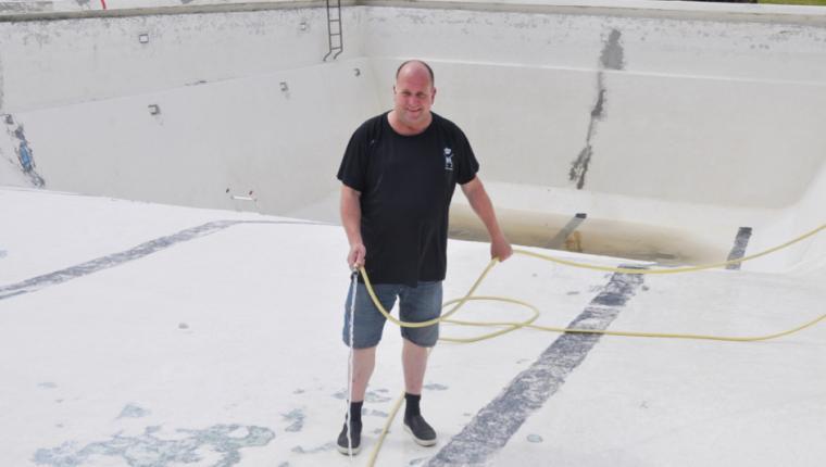 Nu kommer der en million liter vand i friluftsbadet i Aars