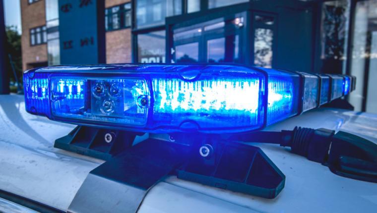 Bilist påvirket af narko ved Aars