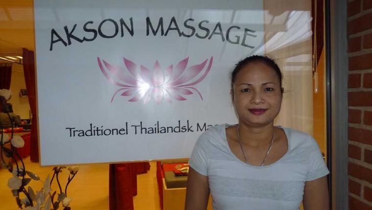 smukke damer thailandsk massage år