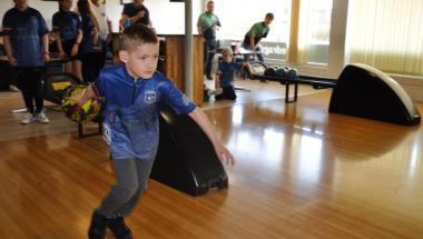 De unge skal også kunne bowle i Aars
