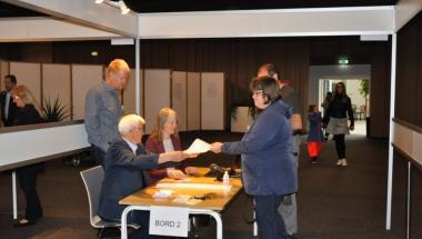 Vælgerne strømmer til EU valget i Aars