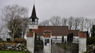 Indbrud ved tre kirker
