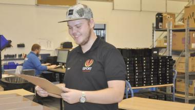 Operation Dagsværk skal hjælpe unge i Grønland