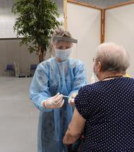 300 borgere modtog vaccine i Aars
